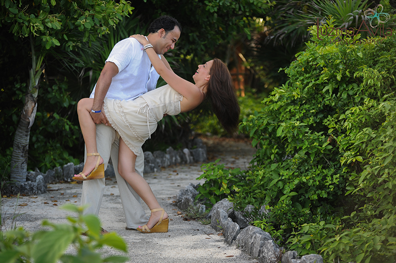 xpu-ha-riviera-maya-engagement-session-by-luzmaria-avila-photography004