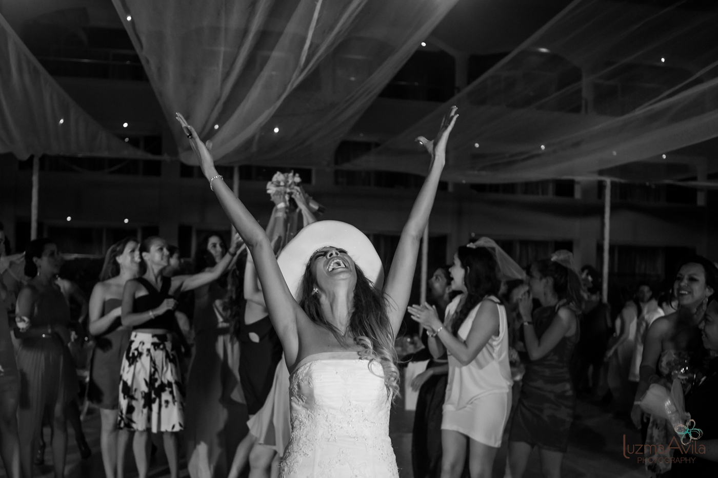 hard rock cancun wedding photos