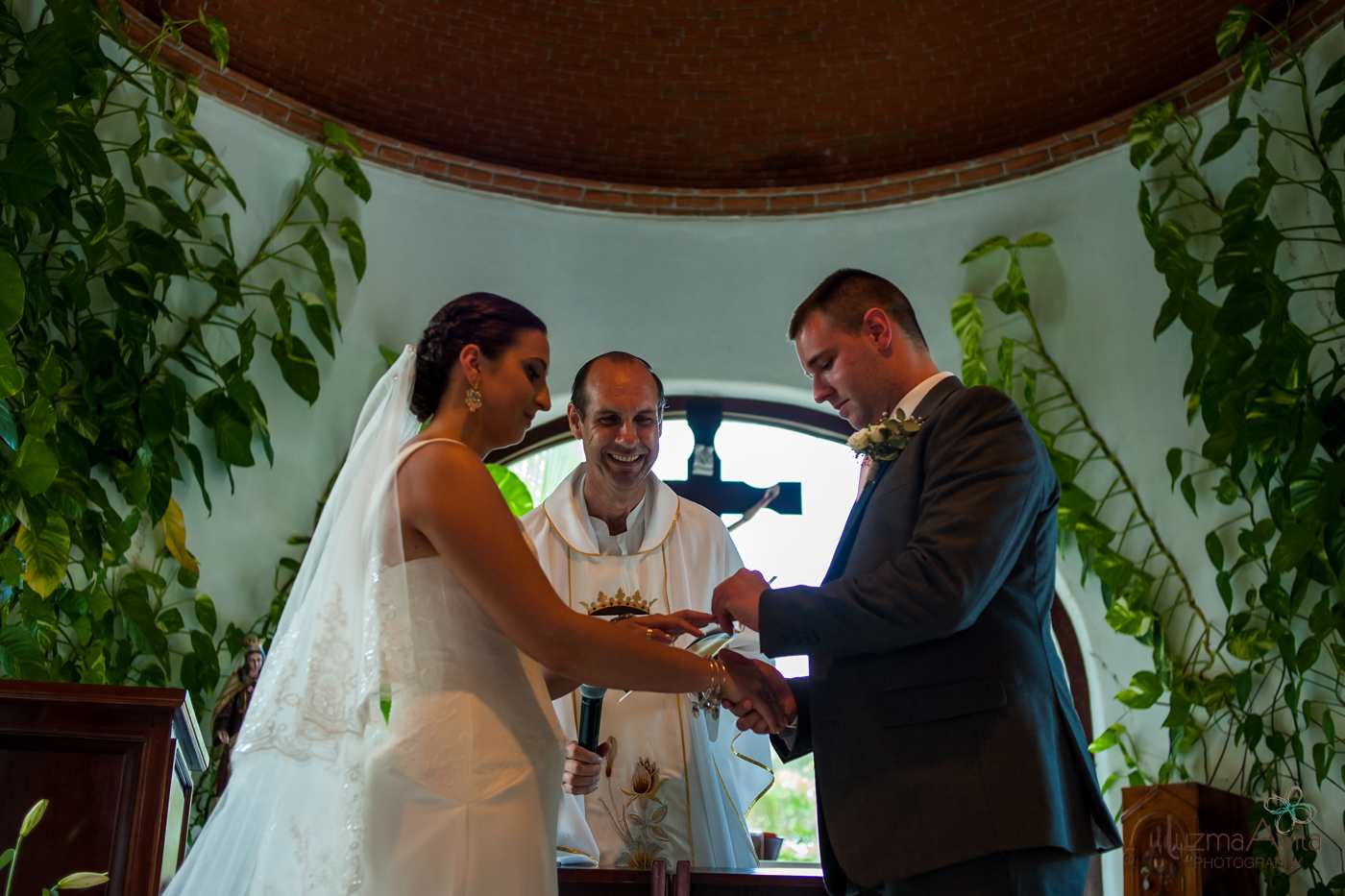 reef hotel cancun wedding photos