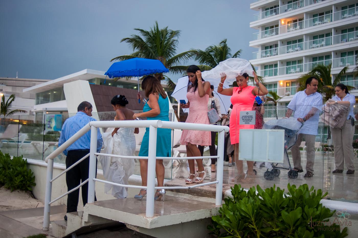 hotel krystal cancun wedding photos