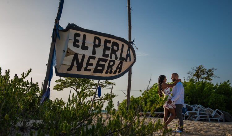 Victoria & Emmanuel | Isla Blanca